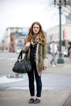 8f02fff22950 Portland street style means layers, layers and more layers! Portland Street  Style, Street