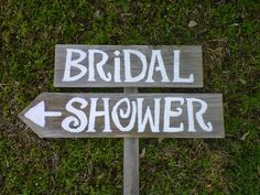 This cute Bridal Shower sign would be perfect for a garden themed shower!