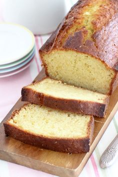 Looking for a delicious winter cake? This ginger orange cake is so easy to make, super fragratn and soft, and is the perfect snack with some tea. Fun Baking Recipes, Sweet Recipes, Cake Recipes, Dessert Recipes, Desserts, Yummy Recipes, Ginger Loaf, Ginger Syrup, Loaf Cake