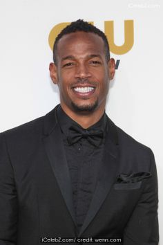 The Annual Critics' Choice Awards at The Barker Hangar pictures Critic Choice Awards, Critics Choice, Marlon Wayans, Good Looking Men, Lesbian, Fashion Models, How To Look Better, Celebrity, Events