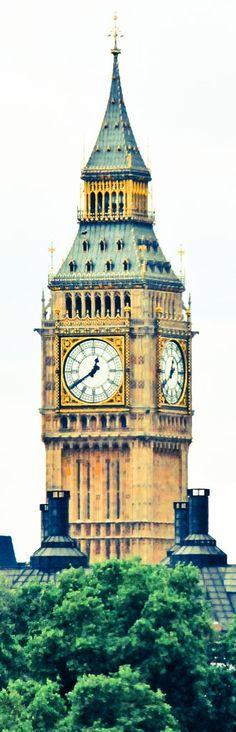 Big Ben from Trafalgar Square - London England