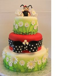 Lady Bug Baby Shower Cake - idea for course 3, daisy layers