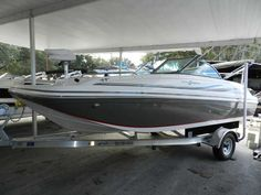 2015 Hurricane SunDeck 187 Deck Boat with Yamaha Outboard and Trailer - Holiday Marine