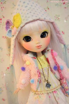 Custom PULLIP doll POPPY WHITE by Nerea Pozo  by Keera, via Flickr