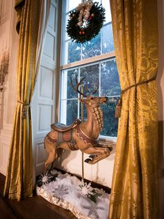 "Here's a sneak peek from ""White House Christmas 2014"" airing Tonight 8