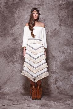 Falda color crudo con ribetes y flecos - 295,00€ : Zaitegui - Moda y ropa de marca para señora en Encartaciones