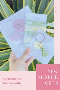 Spoil your new members this recruitment with the Pref Present bundle! Gift bag includes a sorority tassel keychain, hair tie set, and button set. Kappa Delta Gifts | Kappa Delta Bid Day | KD New Member Gifts | KD Rush Gift Bags | Kappa Delta Recruitment | Sorority Bid Day | Sorority Recruitment | Bid Day Bags | Sorority New Member Gift Ideas #BidDayGifts #SororityRecruitment Alpha Epsilon Phi, Sigma Tau, Alpha Sigma Alpha, Kappa Delta, Sorority Bid Day, Sorority Recruitment, Bid Day Gifts, Graduation Gifts For Her, Tassel Keychain
