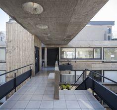 Galeria de Edifício Acuña de Figueroa / Estudio Abramzon + Estudio ZZarq - 13