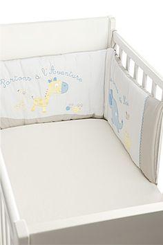 plus de 1000 id es propos de couture tour de lit sur pinterest animaux d co et boutiques. Black Bedroom Furniture Sets. Home Design Ideas