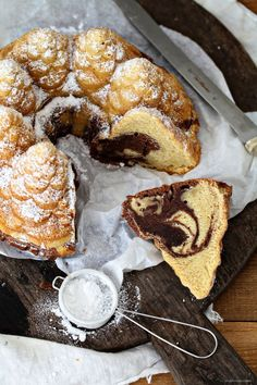 Latte Macchiato Marble Cake Bundt cake, and two words: Marble cake is still sexy No Bake Desserts, Just Desserts, Delicious Desserts, Yummy Food, Latte Macchiato, Baking Recipes, Cake Recipes, Dessert Recipes, Sweets Cake