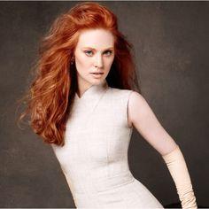LOOOVVE her Hair!!!   Deborah Ann Woll - Jessica Hamby, Trueblood.