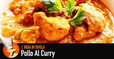 Ci sono tanti modi di cucinare il pollo al curry, oggi ve ne proponiamo uno molto apprezzato sia in India che nel mondo.