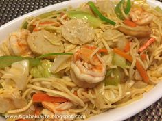 Pancit Canton is one of Filipinos favorite noodles. When shopping for Pancit Canton my choice is always Excellent brand from the Philip. Pancit Canton Guisado Recipe, Pancit Bihon Recipe, Broccoli Beef, Broccoli Recipes, Noodle Recipes, Pasta Recipes, Easy Asian Recipes, Filipino Recipes, Ethnic Recipes