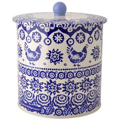 This Blue Hen & Border Biscuit Barrel by Emma Bridgewater would look great in a cottage style kitchen. emmabridgewater.co.uk