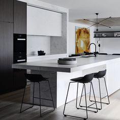 "1,885 Likes, 21 Comments - Mim Design (@mimdesignstudio) on Instagram: ""Sometimes simplicity is the best ingredient! #mimdesign #mimdesignresidential #interiordesign…"""