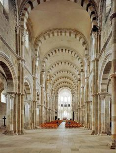 Vezelay, France Vernacular Architecture, Church Architecture, Historical Architecture, France 5, Visit France, Paris France, Monuments, French Cathedrals, Romanesque Art