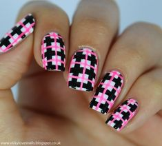 39 Awesome Plaid Nail Art Designs for Your Preppy Days . Get Nails, Love Nails, Hair And Nails, Nail Art Designs, Nail Polish Designs, Plaid Nail Designs, Pink Manicure, Pink Nails, Manicure Ideas