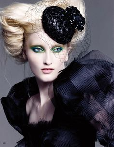 See this image in WorldGreats on helenoppenheim.com : VOGUE NIPPON BEAUTY.  Hair by Peter Gray, a WorldGreat.  Photo: © Francois Nars