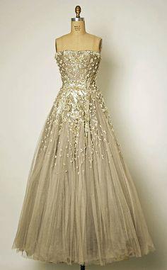OMG that dress!  Chambord  Christian Dior, 1954  The Metropolitan Museum of Art