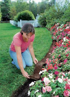 Recycled Rubber Edge Border | Buy from Gardener's Supply