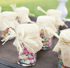 Could use raffia for favors too... I have plenty of that laying around!