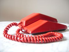 Vintage Contempra Rotary Phone by Modern Decor, Mid-century Modern, Bell Canada, Mid Century Modern Desk, Retro Phone, Candy Apple Red, Rotary, Retro Style, Mobiles