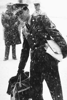 Elvis arriving at McGuire Air Force Base in Fort Dix, New Jersey, March 3, 1960.