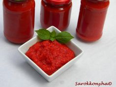 Sarokkonyha: Piros arany- házilag Hot Sauce Bottles, Food And Drink, Pudding, Canning, Drinks, Desserts, Diy, Marmalade, Red Peppers