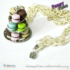 Bakery necklace with sweet macarons ... <3