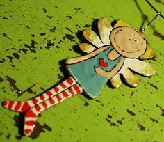 Andělína / Zboží prodejce Evofelie | Fler.cz Christmas Ornaments To Make, Felt Ornaments, Christmas Angels, Angel Crafts, Xmas Crafts, Pottery Angels, Clay Owl, Ceramic Tools, Ceramic Angels