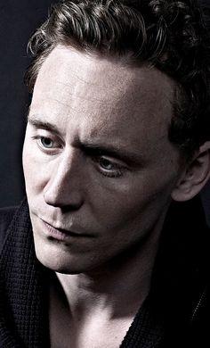 Tom Hiddleston by Richard Grassie. Full size: http://imgbox.com/W3JORQjL . Source: Torrilla http://torrilla.tumblr.com/post/38323121547/tom-hiddleston-by-richard-grassie
