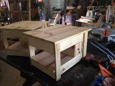 End table locking compartment 2