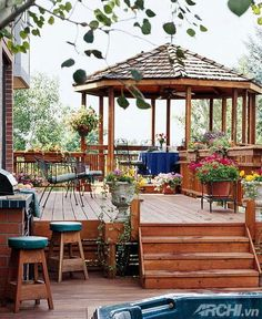 love it <3 just need to add that gazebo to the sun deck!!!
