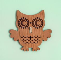 Owl lightswitch cover: cute for a baby's room