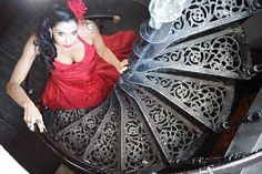 STAIRS that have the feeling of a hand fan