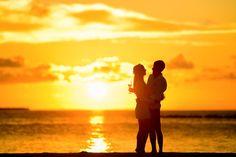 Nagyon sokszor tapasztalom azt, hogy a nők epekedve vágynak a tökéletes férfira, a boldog párkapcsolatra, a szerelemre, családra, gyerekre, de nem jön össze nekik. Amikor elkezdek beszélgetni velük, fel szoktam tenni néhány kérdést, ami után igen csak ledöbbennek… http://eletorom-onismeretnoknek.hu/2017/06/08/a-szerelem-beengedesenek-azon-buktatoi-amelyekkel-eddig-nem-foglalkoztal/