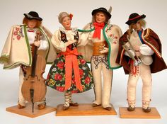 Dolls of the Podhale Gorale (Highlanders) from Tatry mountain area.