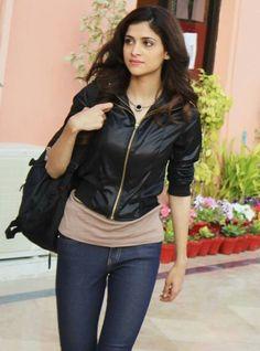 Arij fatima looking awesomeee as bareerah