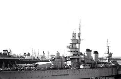 Battleship Andrea Doria lascia il Mar Piccolo (Taranto) per il suo ultimo viaggio maggio 1960 (3)