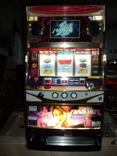 TOMB RAIDER (LAURA CROFT) VIDEO & REEL PACHISLO SLOT MACHINE & 190 PAGE MANUAL in Collectibles, Casino, Slots | eBay