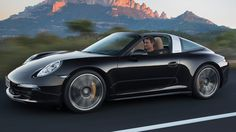 2015 Porsche 911 Carrera GTS | Car Spec Review