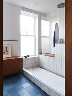 Indian Home Interior An Architect Breathes New Life Into a Brooklyn Row House.Indian Home Interior An Architect Breathes New Life Into a Brooklyn Row House Bad Inspiration, Bathroom Inspiration, Bathroom Ideas, Bathroom Goals, Bathroom Organization, Heath Ceramics Tile, Heath Tile, Casa Magnolia, Interior Minimalista