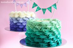 Buttercream Ombre Cake Tutorial -- the teal buttercream in the video would make for a beautiful beach-themed cake. Just top with brown sugar for sand and some other fun ocean/beach decorations Buttercream Rosette Cake, Cake Piping, Ruffle Cake, Buttercream Frosting, Cake Decorating Techniques, Cake Decorating Tutorials, Fondant Cakes, Cupcake Cakes, Cupcakes