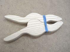 Wooden Spring Clamps / Pinces à ressort en bois