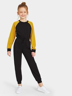 To find out about the Girls Tied Waist Color-block Raglan Sleeve Jumpsuit at SHEIN, part of our latest Girls Jumpsuits ready to shop online today! Teenage Girl Outfits, Kids Outfits Girls, Cute Girl Outfits, Girls Fashion Clothes, Teen Fashion Outfits, Kids Fashion, Casual Outfits, Clothes For Women, T-shirt Rock