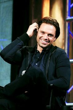 That hair behind the ear!<<<Took the words right off of my typing fingers. Plus his smile. He thinks he's so damn charming. Well. He is.