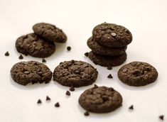 Fudge Cookies / Eggless Chocolate Fudge Cookies Just for you #Homemade #doublechocolate #fudgecookies #chococchips #chcolatecookies #eggless #bloggingmarathon #annapurnaz Recipe at: www.annapurnaz.in