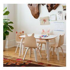 Découvrez cette table Play Bouleau Oeuf NYC. Un design unique pour les enfants...