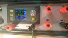 Witam !Chciałbym wam przedstawić mój zasilacz warsztatowy. Składa się on z modułu regulujący prąd i napięcie DP50V5A i 3 stabilizatorów liniowych: LM7805...