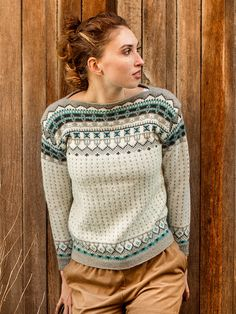 Grill knitting pattern from Dale Garn Urban Retro 320 Sweater Knitting Patterns, Knitting Stitches, Knitting Designs, Knit Patterns, Knitting Projects, Pullover Design, Sweater Design, Norwegian Knitting, Fair Isle Knitting